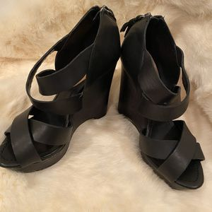 True Religion Strappy Wedge Shoes for Sale in Deptford Township, NJ