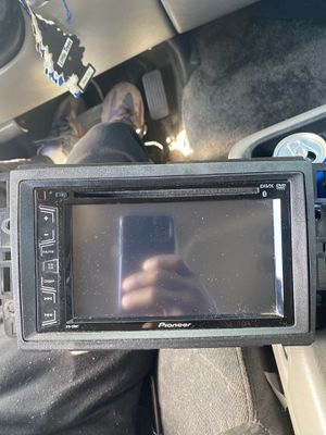 Pioneer avh-280bt for Sale in Fort Washington, MD