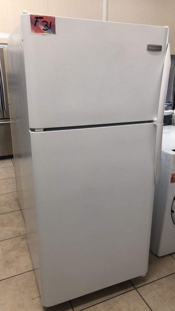 Refrigerator top and bottom fridge 30 width