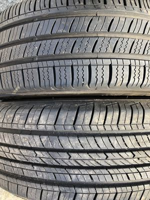 Two used tire 185/60R15 one KUMHO end one COOPER two used tire $45 2 llantas usadas 185/60R15 una KUMHO Y una COOPER por las 2 llantas $45 for Sale in Alexandria, VA