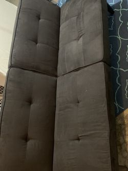 Black Futon Couch for Sale in Troutdale,  OR