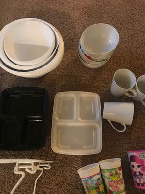 Kitchen ware for Sale in Lakewood, WA