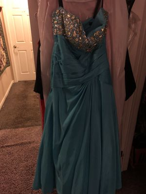 Prom dress worn once size 14 for Sale in Bristol, PA