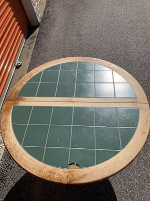 Round kitchen table with two chairs for Sale in Columbia Station, OH
