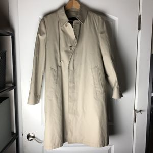 London Fog Men's Trench Coat w/ Feaux Fur Remove-able Lining (Khaki, Size: 36S) for Sale in Hillsboro, OR