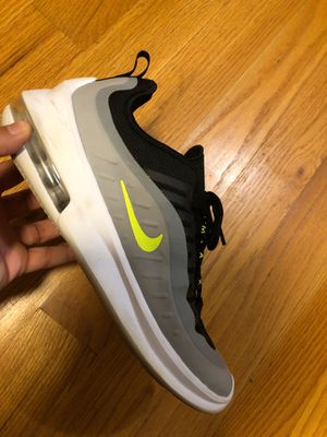 Nike Shoes Size 10M for Sale in Brooklyn, NY