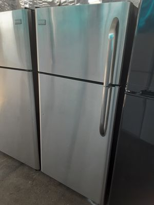 $350 Frigidaire stainless 18 cubic fridge includes delivering the San Fernando Valley a warranty and installation for Sale in Los Angeles, CA
