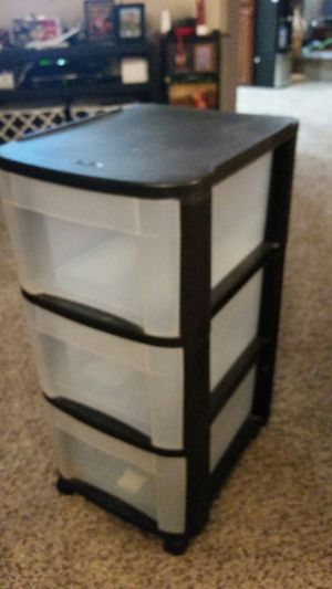 3 drawers rolling plastic storage organizer for Sale in Tacoma, WA