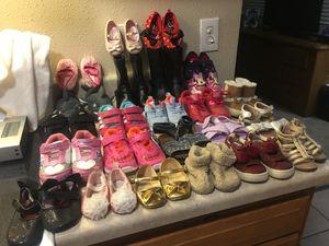 Kids shoes / zapatos de niña. for Sale in Fullerton, CA