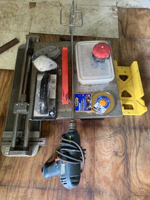 Skil 7-in Wet Tabletop Tile Saw, Drill, Tile Cutter and Accessories for Sale in Baton Rouge, LA
