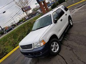 Ford Explorer 2004 clean title for Sale in Nashville, TN