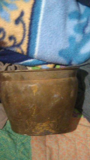 Vintage brass railroad spittoon for Sale in Carlsbad, TX