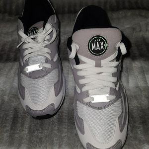 Nike Air Max 2 Light White Fresh Mint Gray 9.5---10 Men's Shoes for Sale in Houston, TX