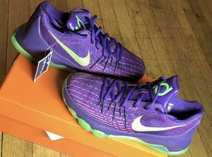 Nike KD 8 Basketball Shoes Youth Size 7y Purple/Green 768867 535 M 7 / W 8.5 for Sale in Chicago, IL