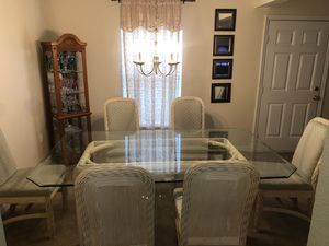 Dining table for Sale in Poinciana, FL