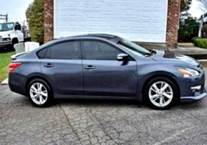 Oil changed2O13 Altima for Sale in Denver, CO