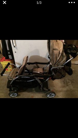 Baby Trend Sit N Stand LX Double for Sale in Puyallup, WA