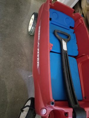 Radio flyer wagon for Sale in Lynnwood, WA