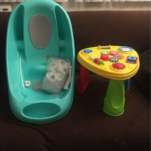 Baby Tub And Play Stand for Sale in Los Angeles, CA
