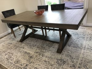 Dinning table for Sale in Los Angeles, CA