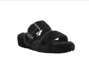 UGG FUZZ YEAH Sheepskin Slipper Slide Sandals 1104662 BLACK size 8 for Sale in Owings Mills, MD