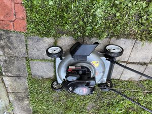 Lawn mower and weed eater trimmer combo for Sale in Miami, FL