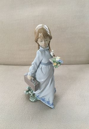 "Lladro ""School Days"" Figurine for Sale in Aurora, IL"