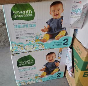 Diapers size 2 for Sale in Sacramento, CA