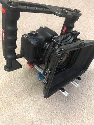 Canon t2i with Video rig (great for pictures or videos for Sale in Westerville, OH