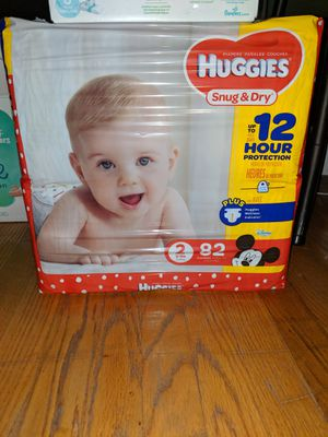 Huggies Snug & Dry Diapers, Size 2 for Sale in Lyndhurst, NJ