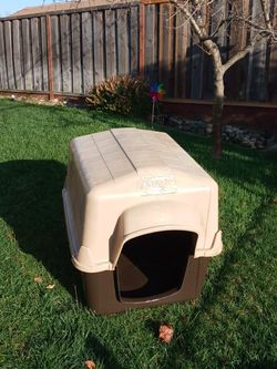 Dog House for Sale in Gilroy,  CA
