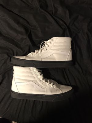 White Vans with Black Soles for Sale in Ankeny, IA