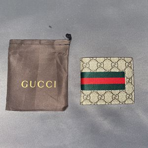 Supreme GG Gucci Mens Wallet for Sale in Alexandria, VA