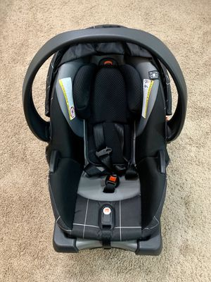 GB lyfe car seat and base for Sale in Springfield, VA