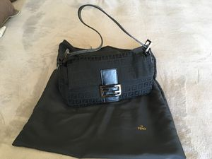 Authentic Fendi Black Shoulder Bag for Sale in Chula Vista, CA