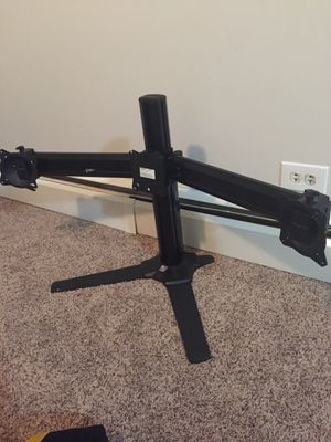 Chief adjustable 3 Monitor Stand for Sale in Slingerlands, NY