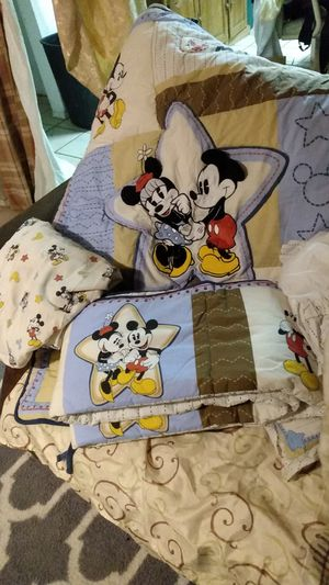 Baby Mickey and Minnie crib det for Sale in Glendale, AZ