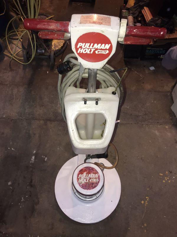 "Floor Buffer/ Scrubber/ Sander Pullman Holt White 20"" W/Solution Tank"