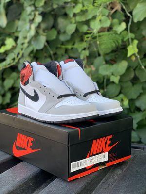 Smoke Grey Jordan 1 for Sale in Los Angeles, CA