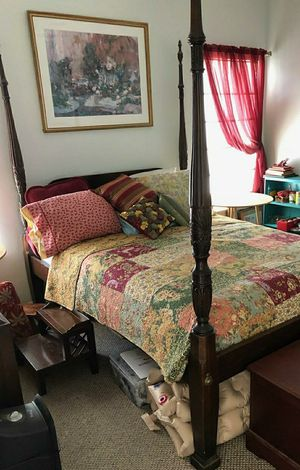 1982 French Provincial bedroom set for Sale in Foley, AL