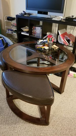Glass coffee table + 4 pull out ottomans for Sale in Bethesda, MD