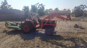 Tractor for hire for Sale in Jurupa Valley, CA