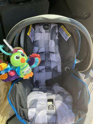 Evenflo infant car seat for Sale in PT CHARLOTTE, FL