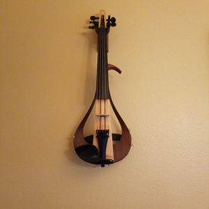 Yamaha Electric Violin 5-string for Sale in Everett, WA