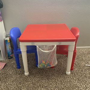 Kids Activity Table With 2 Chairs for Sale in Los Angeles, CA
