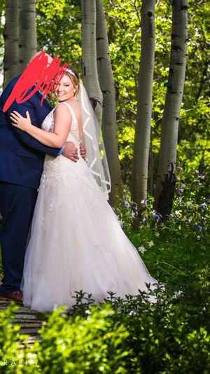 Gorgeous Maggie soterro wedding dress for Sale in Denver, CO