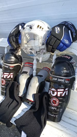 ICE HOCKEY GEAR for Sale in San Jose, CA