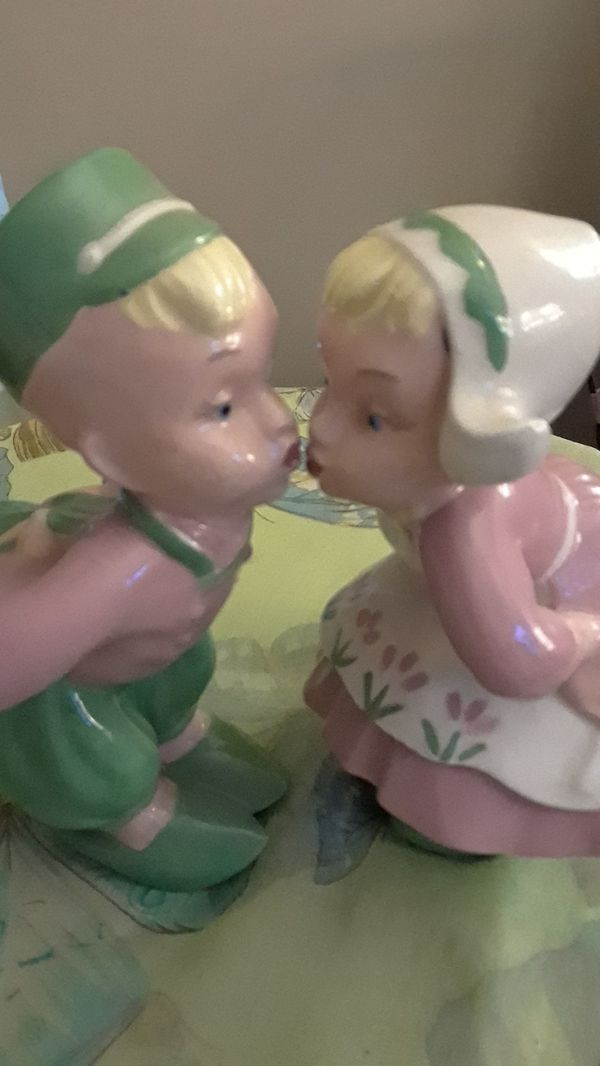 1940's Kissing Ceramic Boy and Girl