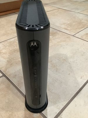 Motorola 8x4 DOCSIS Cable Modem + Router - Comcast Compatible for Sale in Portland, OR