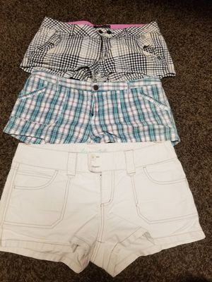 3 shorts women 9/10 for Sale in Lake Elsinore, CA